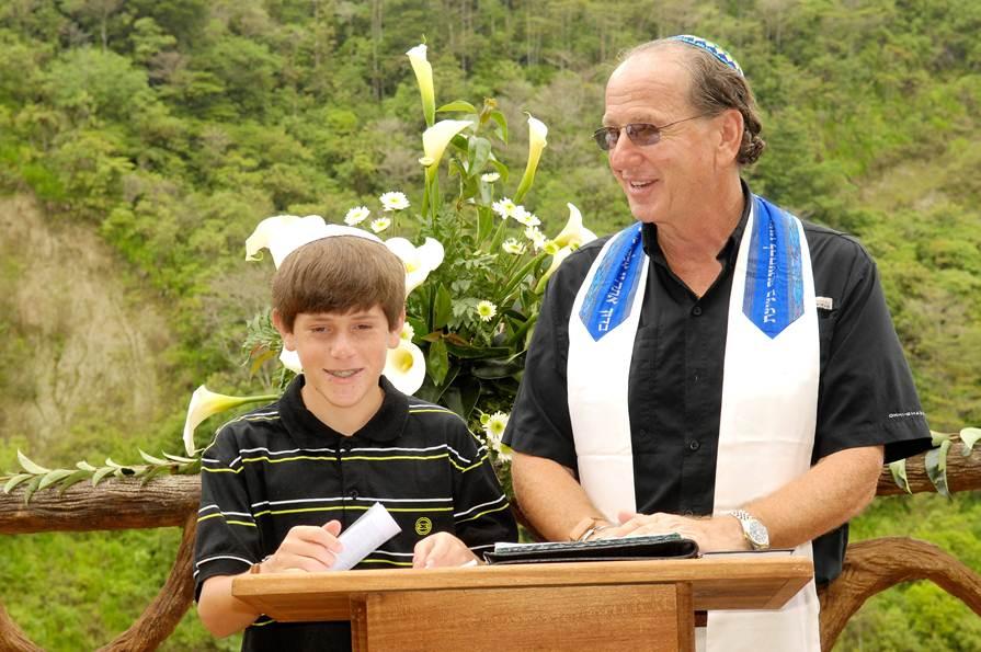 Cantor Glen presiding over an outdoor Bar Mitzvah ceremony in Costa Rica
